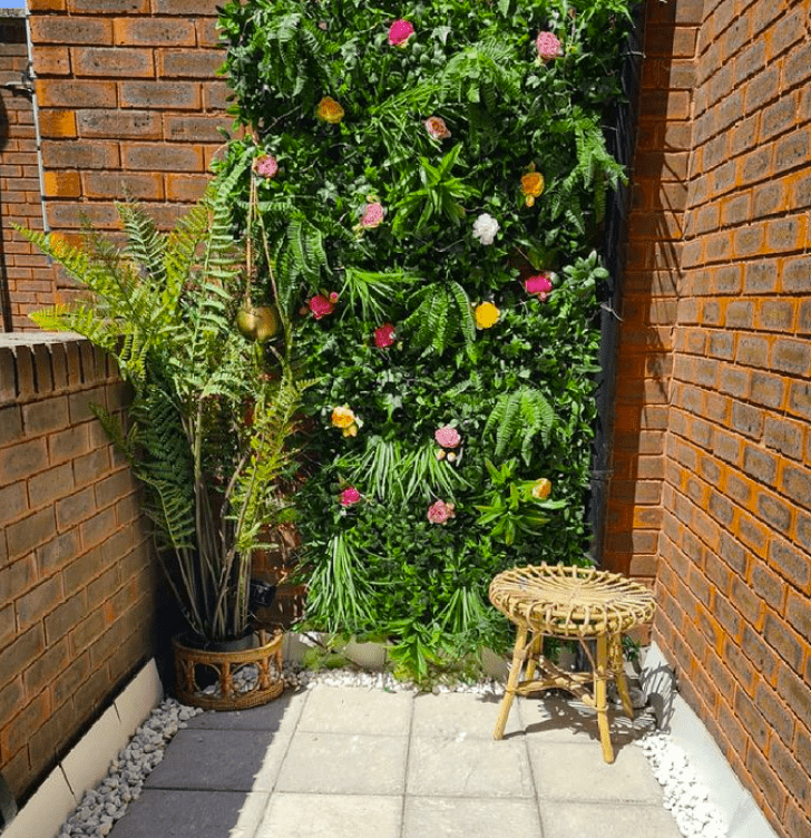 balcony flower wall