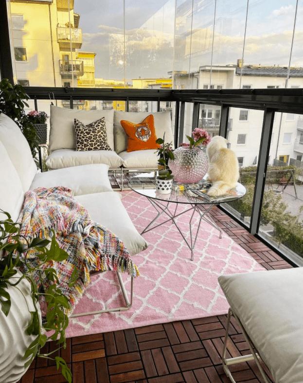 balcony enclosures for apartment