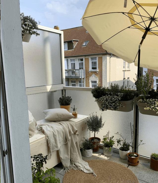 balcony umbrella